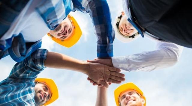Сдельная оплата труда в строительстве: пример, расчет