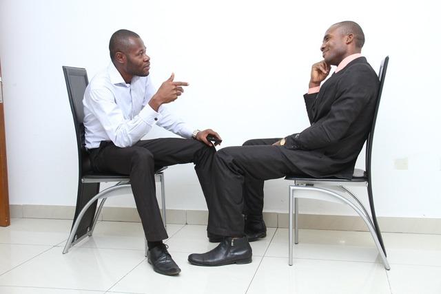 Что говорить о себе на собеседовании при приеме на работу (пример диалога)