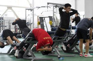 Оплата спортзала сотрудникам: НДФЛ, страховые взносы