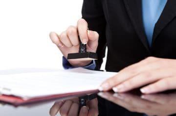 Продление срочного трудового договора на неопределенный срок: приказ