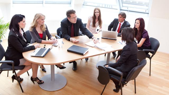Может ли директор быть совместителем в своей организации