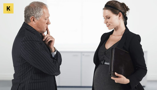 Увольнение беременной женщины по срочному трудовому договору в 2020 году, что она теряет