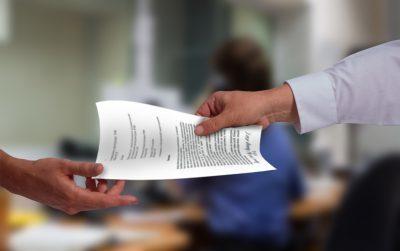 Заявление на увольнение без даты увольнения: законно ли