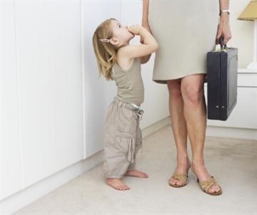 Увольнение работника по уходу за ребёнком до 14 лет: плюсы и минусы, преимущества, ТК РФ