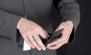 Алименты при увольнении сотрудника: компенсация отпуска, по соглашению сторон