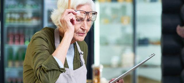 Увольнение пенсионера по собственному желанию без отработки в 2020 году